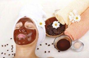 Ароматні маски для обличчя з кавової гущі