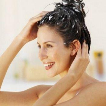 Домашні ефективні маски для волосся проти лупи
