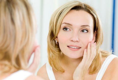 Домашні омолоджуючі маски для обличчя: подаруй своїй шкірі молодість