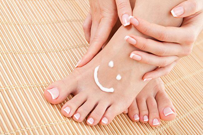 Грибок нігтів на ногах і руках - як вилікувати грибок нігтів