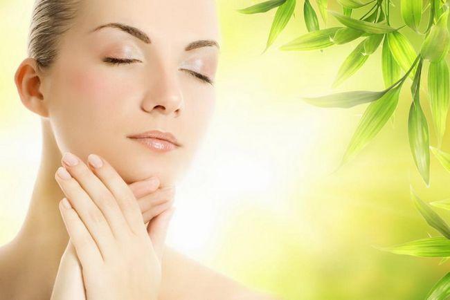 Позбутися від зморшок навколо рота можна в будь-якому віці
