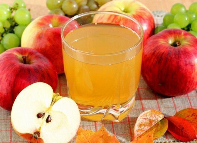Яблучний сік на зиму в домашніх умовах