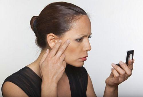 Яблучний оцет для шкіри обличчя як основа омолоджуючих масок і пілінгів