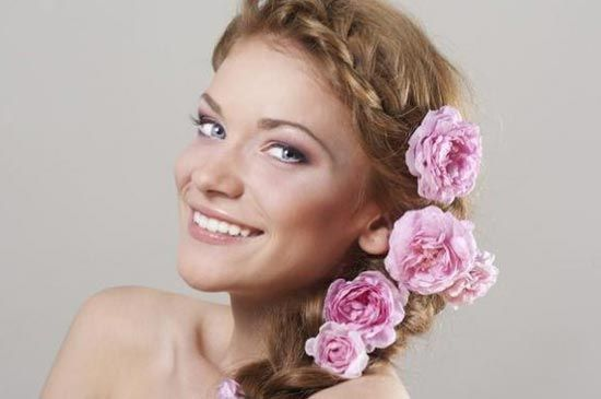 грецька-коса-з-живими-квітами
