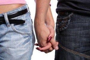 Як за порадами психологів зберегти відносини і помиритися з хлопцем