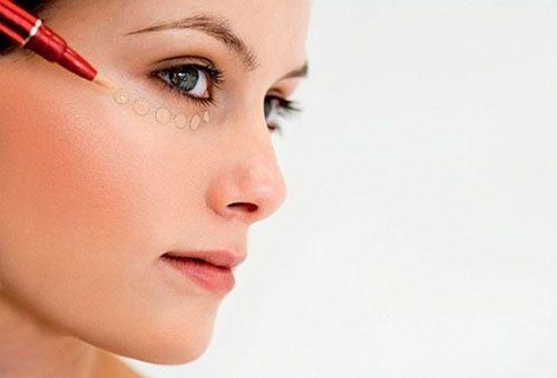 Як правильно вибрати і користуватися коректором для обличчя?