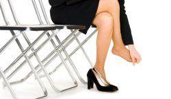 Як розносити тісне взуття?