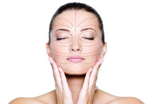 Як самостійно провести масаж, омолоджуючий шкіру обличчя?