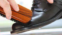 Як доглядати за шкіряним взуттям?