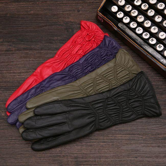 На Ламода Ви знайдете рукавички будь-якої колірної гами