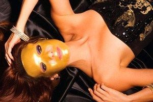 Золота омолоджує колагенова маска