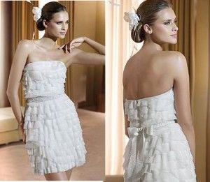Коротке весільне плаття - свіже рішення!
