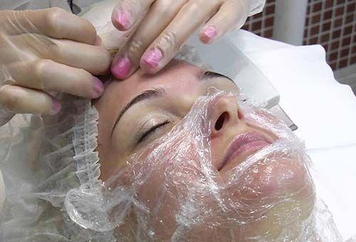 Косметологія в домашніх умовах: очищаючі маски для обличчя