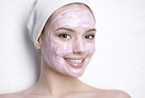 Маска для обличчя рожева