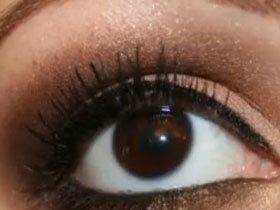 Гарний макіяж для карих очей