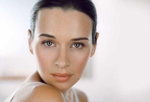 Лікування жирної шкіри обличчя в домашніх умовах