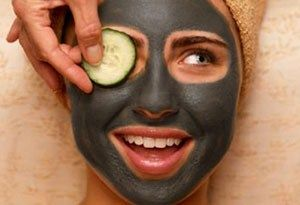 Маска для обличчя з активованим вугіллям - геть прищі і чорні крапки