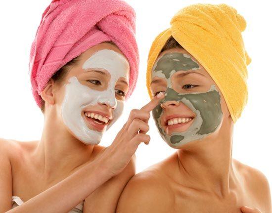 Маски для обличчя омолоджуючі: найефективніша косметика в домашніх умовах