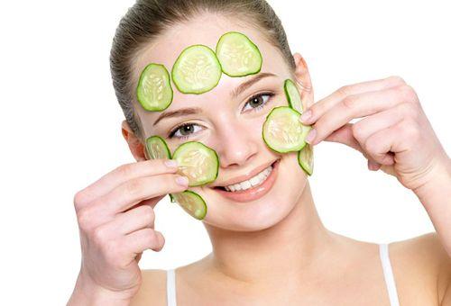 Огіркова маска для обличчя