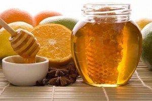 Медові засоби догляду за шкірою обличчя - солодкі маски з медом
