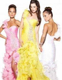 Модні вечірні сукні 2011: стиль і фішки