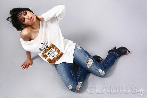 Модні рвані джинси
