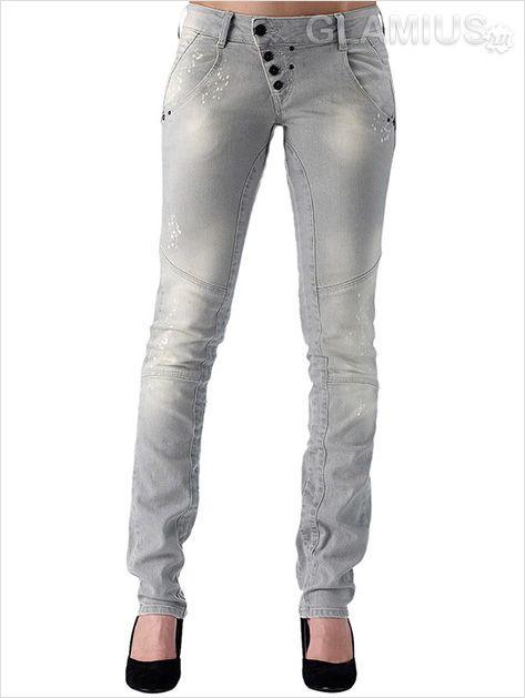 Світлі модні жіночі джинси 2013