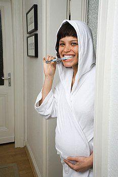 Чи можна лікувати зуби під час вагітності