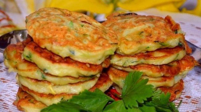 Оладки з кабачків - класичні й оригінальні рецепти. Як приготувати смачні оладки з кабачків
