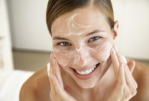 Особливості приготування скрабу для обличчя з соди