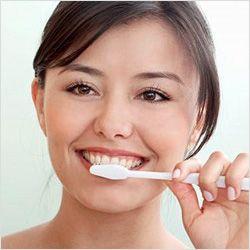Відбілювання зубів содою