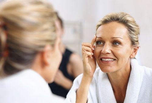 Догляд за віковою шкірою