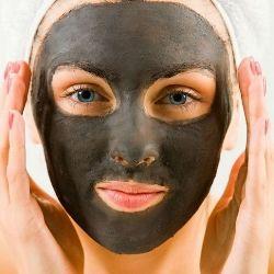 Правила приготування маски від чорних крапок з желатином і активованим вугіллям