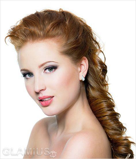 Новорічна зачіска для довгого волосся