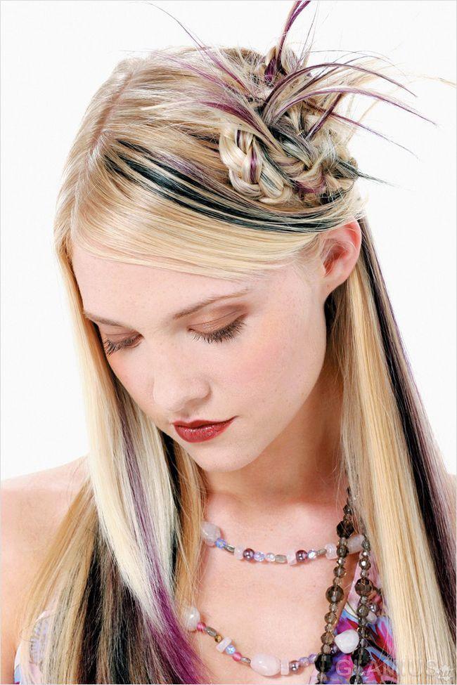 Коса, укладена в квітка, з хвостиками