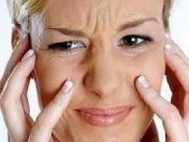 Сильно сохне шкіра на обличчі. Зневоднення шкіри обличчя