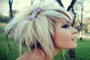 Специфічні особливості зачісок і стрижок в характерному стилі емо