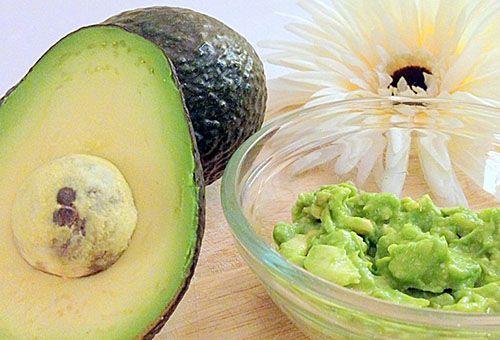 Властивості і особливості масок з авокадо для шкіри обличчя
