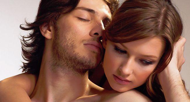 Вчені розповіли про користь сексу для чоловіка і жінки