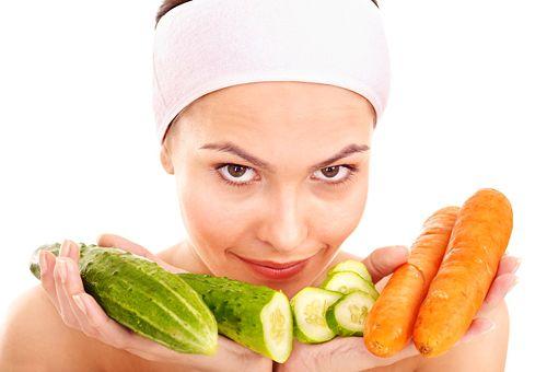 Заспокійлива домашня маска для обличчя - 10 кращих інгредієнтів