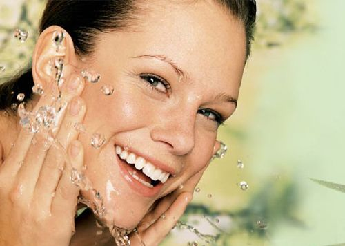 зволоження шкіри обличчя
