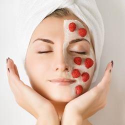 Зволожуючі маски для різних типів шкіри обличчя в домашніх умовах. Рецепти та відгуки