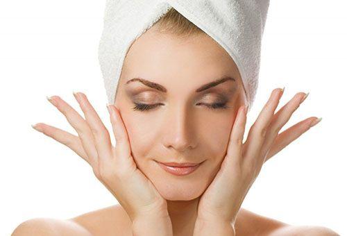 Види парафінових масок, правила їх застосування і вплив на шкіру обличчя
