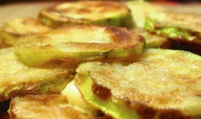 Смажені кабачки - рецепти, корисні поради. Як смачно і швидко приготувати смажені кабачки